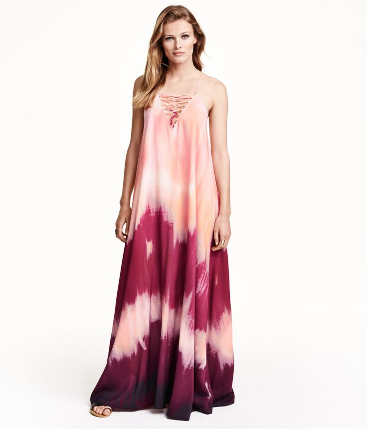 Everything is just peachy in this airy maxi dress with tie-dye effect & decorative lacing. Made partly from Tencel® lyocell. | Party in H&M