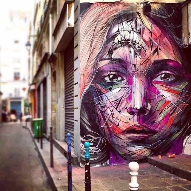 Hopare in Paris                                                                                                                                                                                 Mais