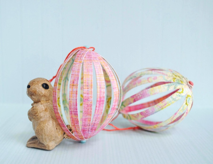 Paper easter eggs: Crafts Paper, Paper Ball, Decor Ideas, Crafts Ideas, Paper Easter, Easter Crafts, Easter Eggs, Eggs Crafts, Easter Ideas