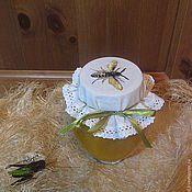 """Для дома и интерьера ручной работы. Ярмарка Мастеров - ручная работа Салфетка на банку""""Пчела"""". Handmade."""