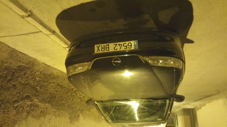 3100,00€ · Opel Vectra Elegant · Opel Vectra Elegan 2000Dti 100cv. Climatizador. Espejos retrovisores calefactables. Esta en muy buen uso. Perfecto el motor que es lo mas importante. Llantas de aluminio. Vendo por tener otro vehiculo. Precio negociable. · Vehículos > Coches > Coches Opel