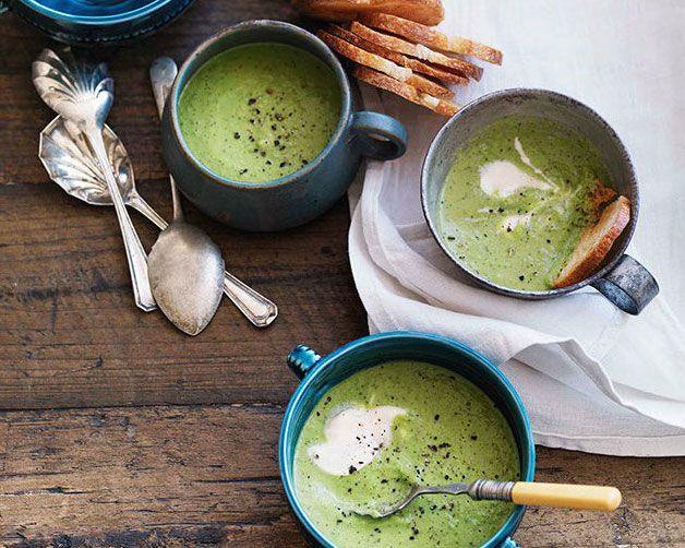 Суп из шпината с сыром от Ивлева и Рожкова, рецепт приготовления - Портал «Домашний»