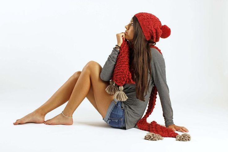 Beaniemützen - Rote Pudelmütze Alpakamütze Bommelmütze Slouch - ein Designerstück von amjasnet bei DaWanda