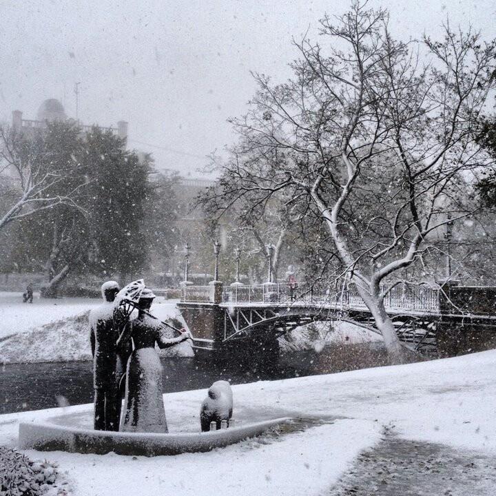 First snow in Riga 2012. Nacional opera square.