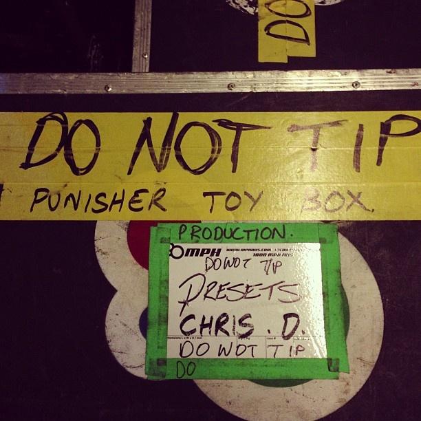 DO NOT TIP !!!