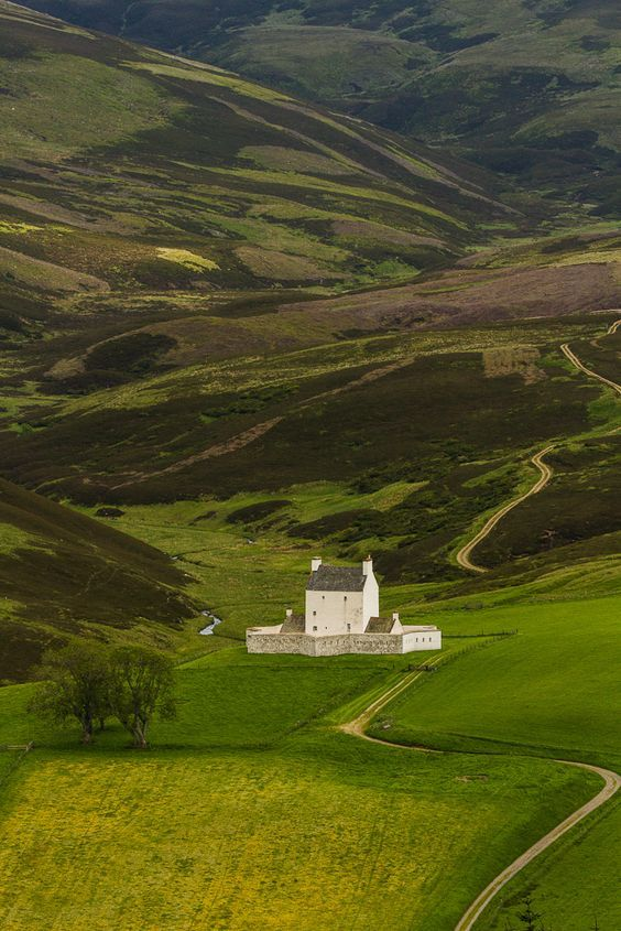 Corgarff Castle, Aberdeenshire, Scotland photo via zachariah