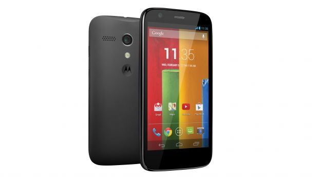 Moto G review - everyone says this is the best budget smart phone, except that both the camera and FM radio are not good!