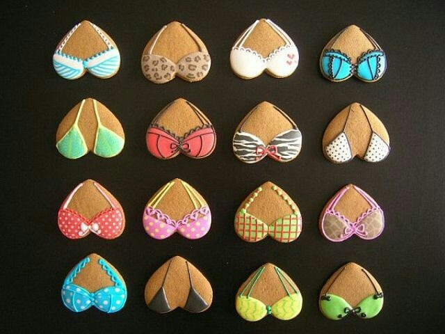 Bra decorated cookies #bra #cookies www.mibralady.com