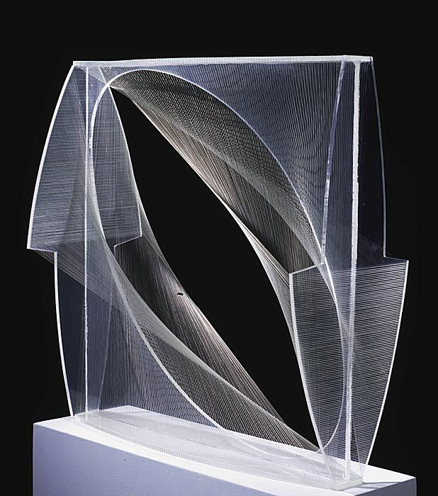 Naum Gabo - Linear Construction in Space No. 1 (Variation)