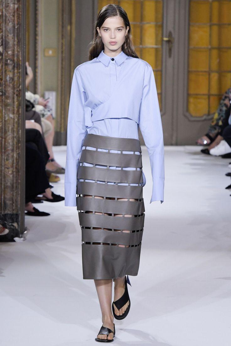 Gabriele Colangelo Spring 2017 Ready-to-Wear Fashion Show