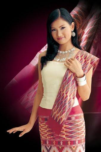 Traditional Lao Clothing - LaoKingdom