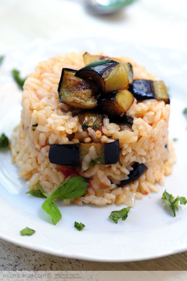 patlicanli pilav - eggplant rice