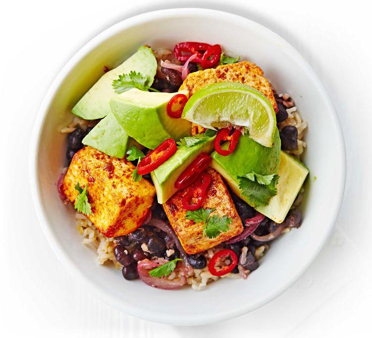 Tofu. Bohnen. Avocado. Reis.