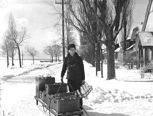 "Toronto 1940s Toronto Island ""milkman"" makes deliveries... http://www.blogto.com/city/2015/01/a_1940s_toronto_photo_extravaganza/"