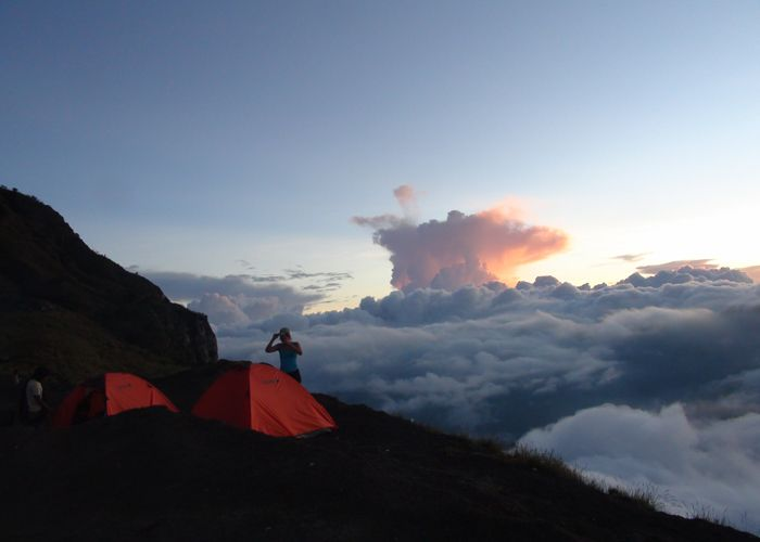 Embark on the adventure of a lifetime with our 5 - 7 nights mount Rinjani trekking tours. Tough but rewarding, this volcano adventure is sure to leave you breathless!