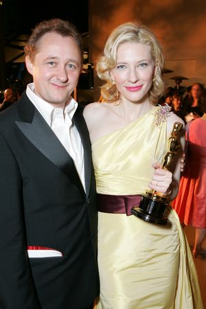 rj elise   Cate Blanchett and Andrew Upton at the 77th Academy Awards Governors ...