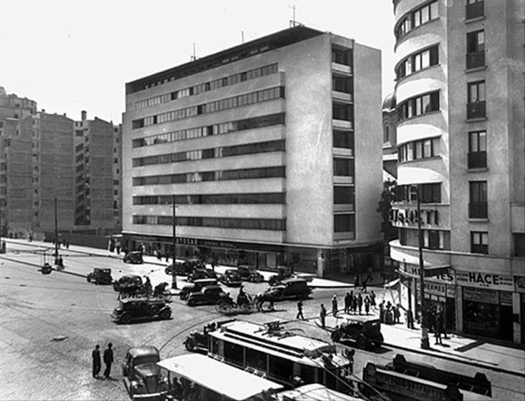 Istoria imobilului Malaxa-Dr.Burileanu, opera lui Horia Creangă -> http://goo.gl/J59wxC, un articol de Ana-Maria Sabau
