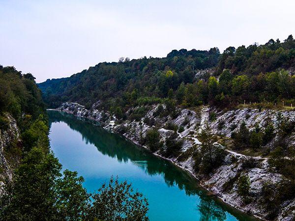 Die blaue Lagune (Canyon) - Wandern und Bushcraften im Teutoburger Wald. - Der Hermannsweg www.treat-of-freedom.de Abenteuer * Individualreisen * Bushcraft * Outdoor * Natur