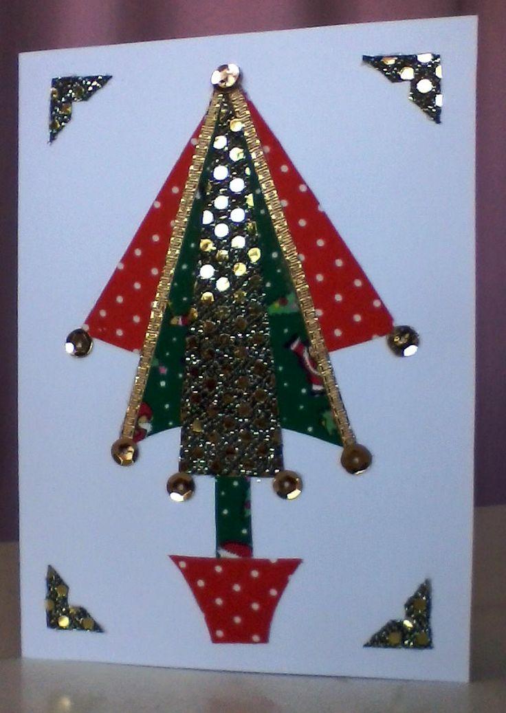 tarjeta con telas de lentejuelas, lunares y navideñas