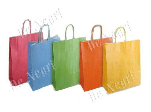 SHOPPER CARTA PERLATA Shopper in carta perlata, confezione da 25 pezzi assortiti in 5 colori: verde chiaro, azzurro, fuxia, giallo, arancio Formato: 36 x 12 x 41 cm