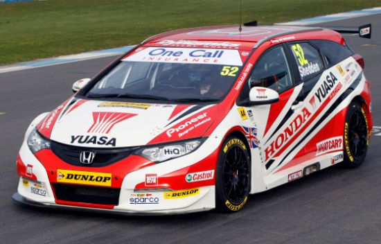 Honda Civic Tourer BTCC 2014 550x352