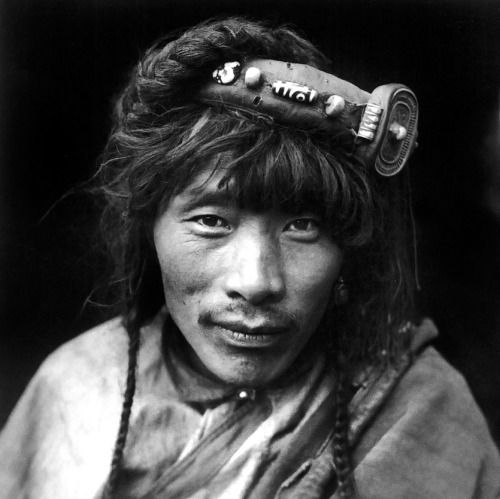 """fotojournalismus: """" Portraits from Western China (1930s) by Zhuang Xueben [x] """""""