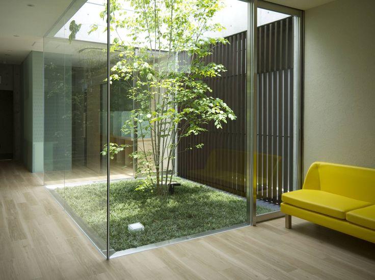 今日において日本の庭のデザインは小規模なものも多く、しかし決してそれは大きな庭に劣るものではありません。