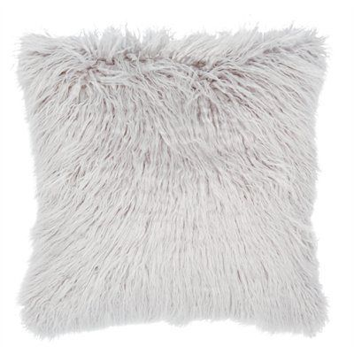 Best 25 Grey faux fur throw ideas only on Pinterest  Fur