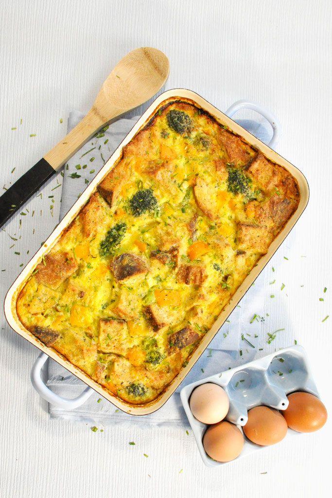 Omelette-Brotauflauf. Für Langschläfer.