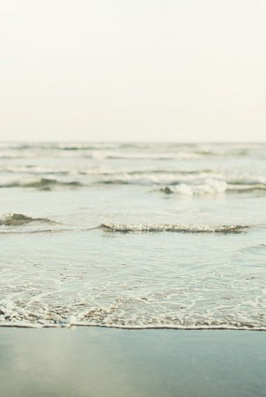 mini splash   water   seaside   sea   little waves   nature   love   blue   www.republicofyou.com.au