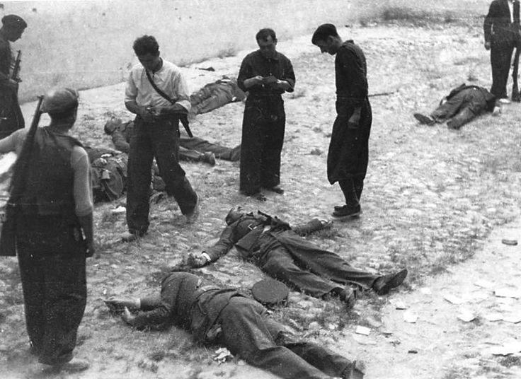 Con la ciudad controlada, los milicianos de Puigdengolas ejecutan a  un centenar de oficiales y civiles sublevados.