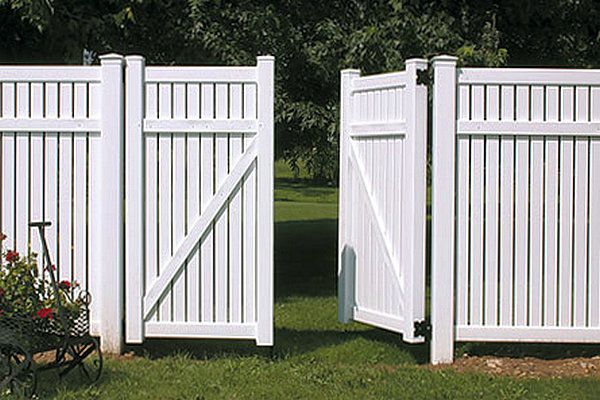 Cheap Fence Ideas Cheap Privacy Fence Wood Plastic