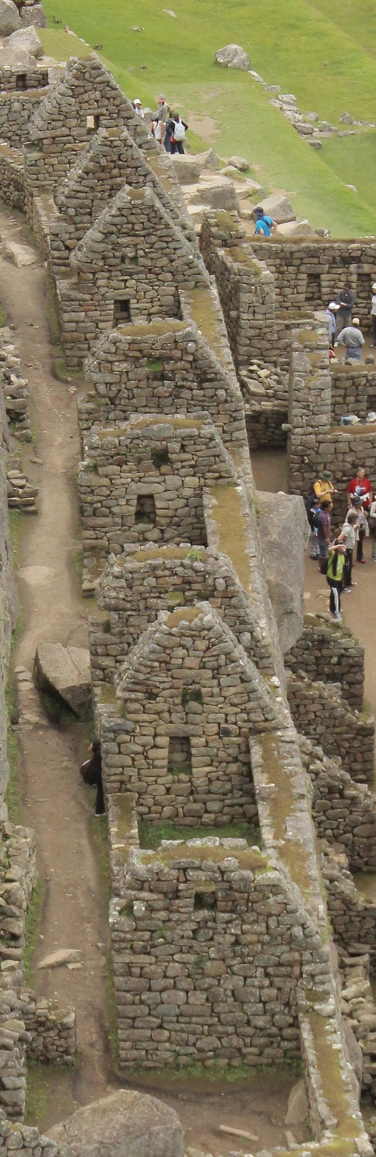 Machu Picchu, PERU- wonder of the ancient world! Travel to South America and know more! only with www.Triphobo.com