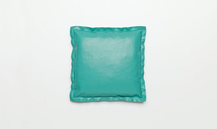 Hide cushion | Jardan