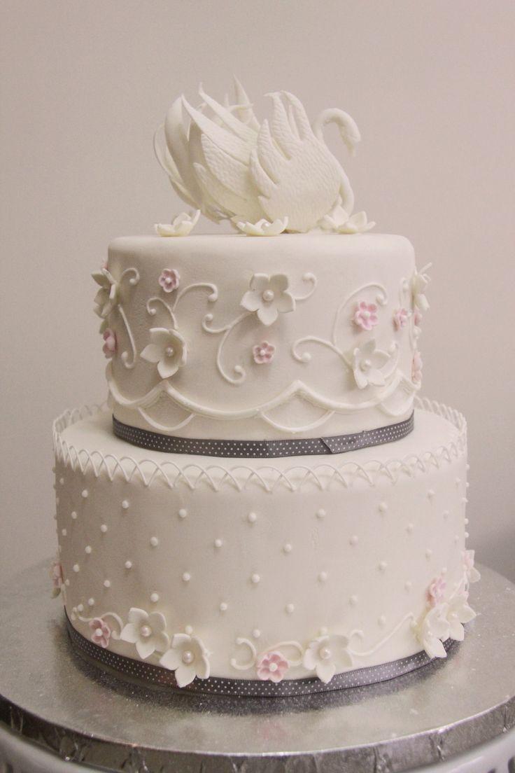 Swan Wedding Cake on Cake Central