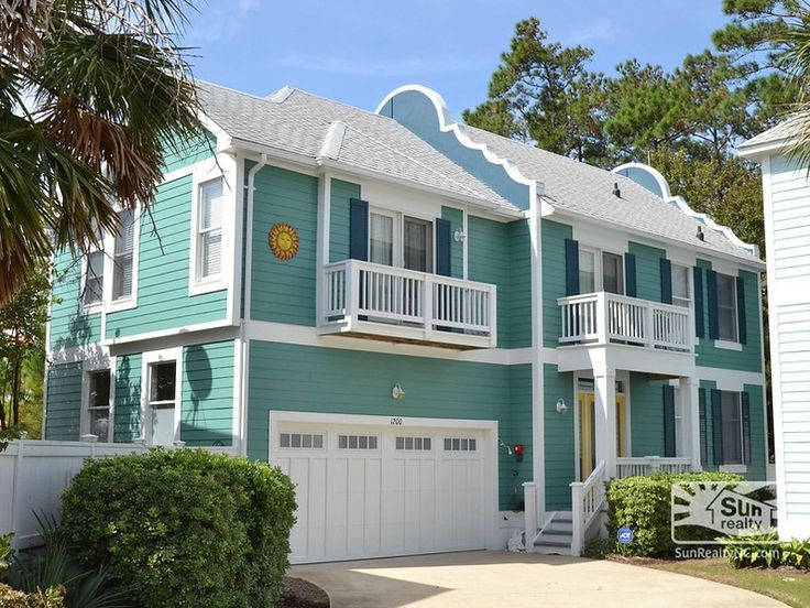"The Wright View at OBX BB-1200, 1 King, 1 Queen, 1 Full/Double, 1 Sleeper Sofa. Located in the tropically-themed Bermuda Bay neighborhood. ""The Wright View at OBX"" is within driving distance to many attractions that the Outer Banks has to offer, but is tucked away just enough to give you the privacy needed for a relaxing vacation."