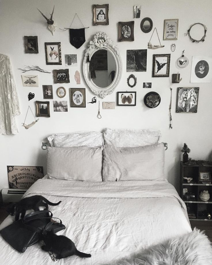 Mystical Bedroom Black And White