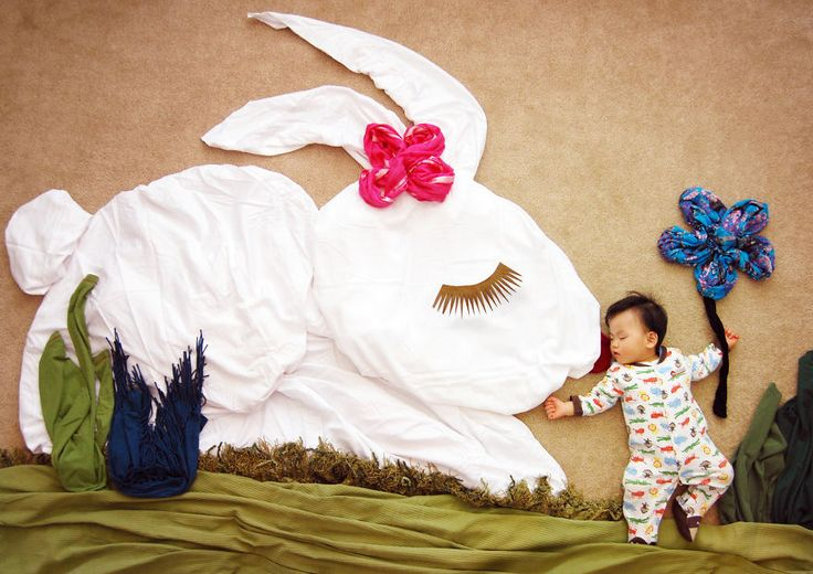 Baby elves love the Easter Bunny!