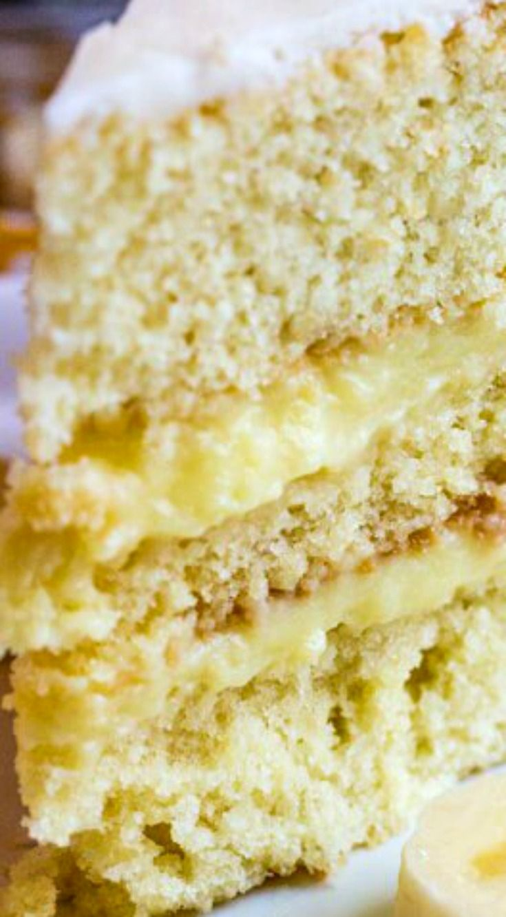 Banana Cream Cake ~ Utterly delicious... Layered with banana pudding and sweet buttercream making this cake a great option to satisfy your sweet tooth!