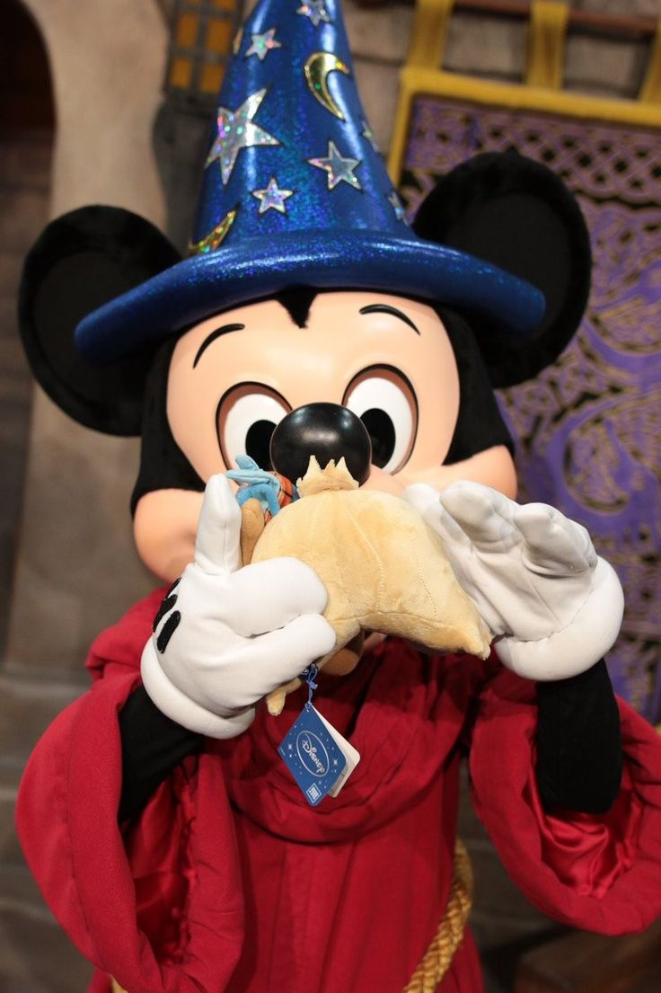 3228 best mickey mouse images on pinterest mice mickey mouse
