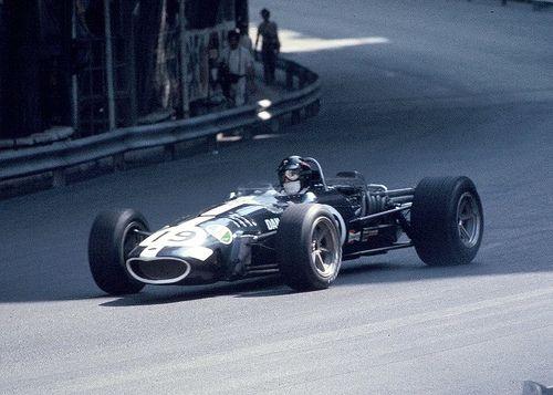 Dan Gurney during the Monaco Grand Prix, 1968.  Driving the glorious Eagle-Weslake T1G.