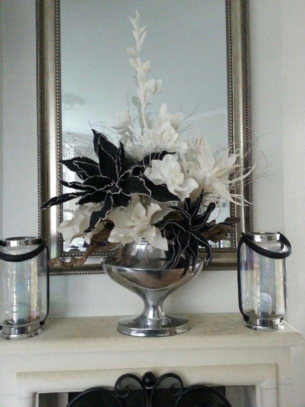 Schaal met Ptmd bloemen opgemaakt