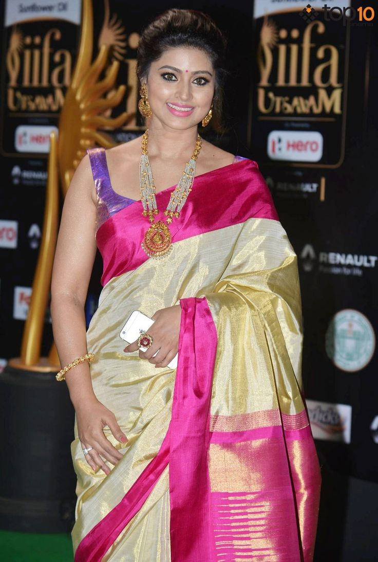 170 best Saree images on Pinterest   Indian beauty, Beautiful women ...