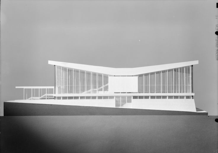 Architectural model of sports house in Narvik by Teigens Fotoatelier. DEXTRA Photo, CC BY