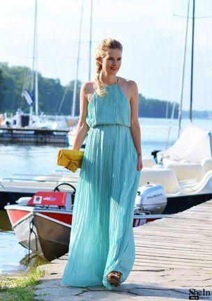 Mint Sleeveless Halter Pleated Elegent Maxi Dress