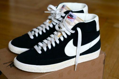 Nike Blazers black and white