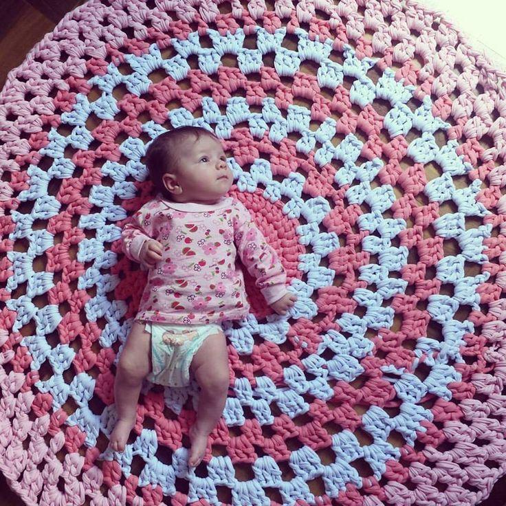 Tapete de crochê com fio de malha Tapete de crochê