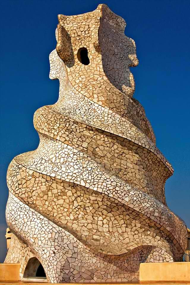 17 best images about antoni gaudi on pinterest models columns inside and balconies. Black Bedroom Furniture Sets. Home Design Ideas