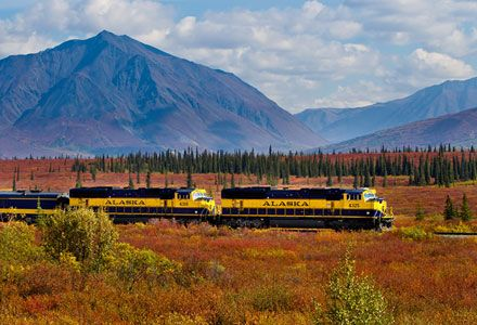 Best #TrainJourneys of #NorthAmerica You Will Love To #Travel -   #TrainTours #RailJourneys #ScenicTours