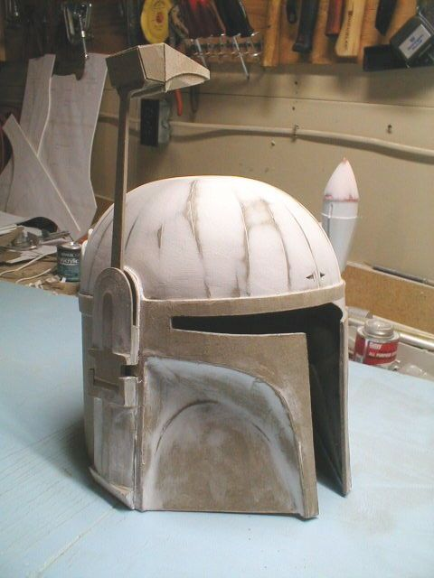 DIY Boba Fett helmet (tutorial with .pdf templates). Templates courtesy of http://www.thedentedhelmet.com. Repinned from http://www.instructables.com/id/How-to-make-a-cardboard-costume-helmet/?ALLSTEPS
